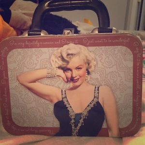 Marilyn Monroe tin lunchbox